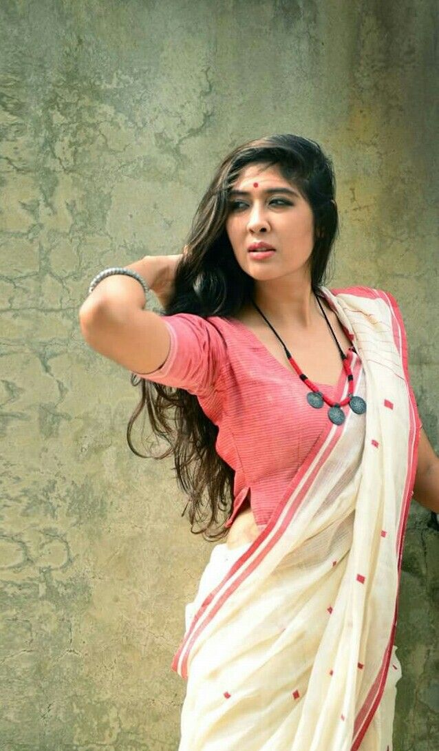 to sarees , designer wedding sarees, Bhumi Pednekar@ http://ladyindia.com