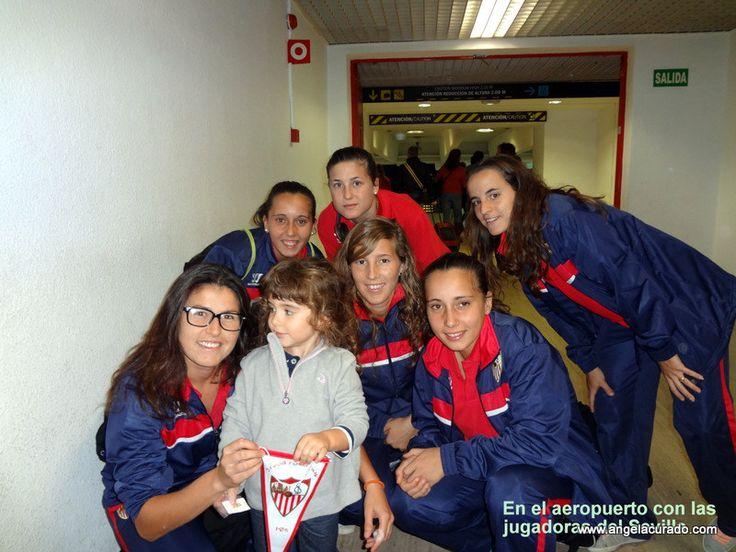 https://flic.kr/p/DC9rvk | With the Sevilla soccer team.