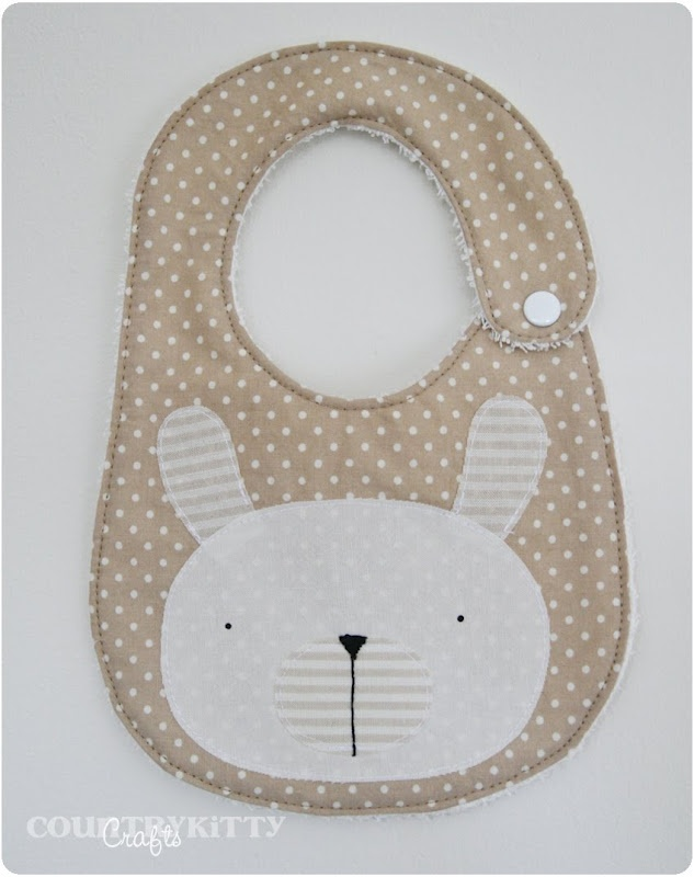 Bunny applique bib - she made a bib using the same pattern as a stuffed bunny she made (links to tutorial) - very sweet set :)