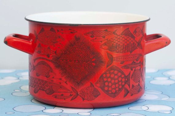 Red Steel Enamel Finel of Finland Pot by Esteri Tomula by HobbyMum