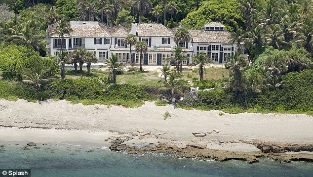 Tiger Woods' ex wife Elin Nordegren auctions items from her demolished $12,000,000 home for charity.  She's demolished the house she bought only last year to make way for her dream home, and while she's at it, Elin Nordegren is getting rid of her furniture and fixtures too.  Tiger Woods' ex-wife is donating her high-end housewares to the charitable organisation Habitat for Humanity.  A list of the items Nordegren is giving away for good can be found on the charity's website…