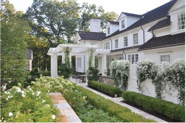 White country garden