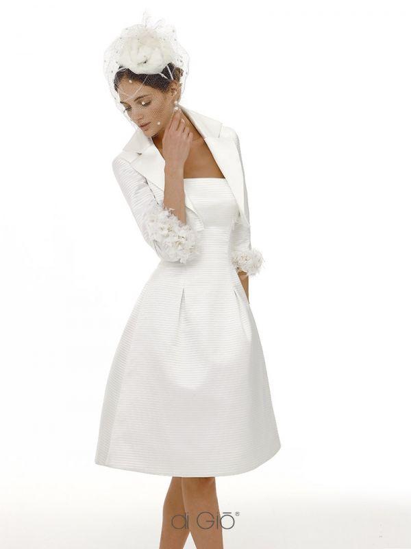 CR 03 | Abito corto in raso di seta con bolero a camicia e gonna svasata. | #lesposedigio #weddingdress #madeinitaly #bridaldress | www.lesposedigio.com