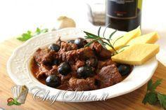 Cinghiale in umido con olive