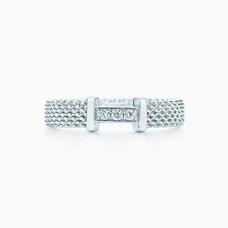 Bague Tiffany Somerset en argent massif et diamants. Etroite.