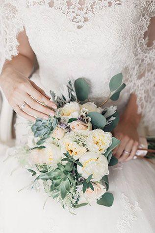 Свадьба Александра и Александры в итальянском стиле, букет невесты