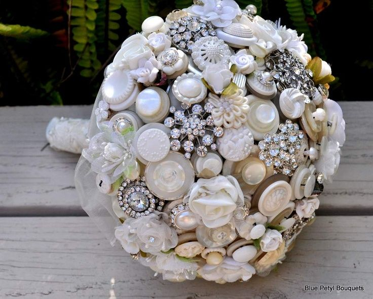 VICTORIAN WEDDING THEMES | Victorian Jeweled Bouquet UM07 | Wedding Ideas :D
