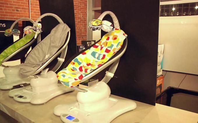 We Chat With The 4Moms Founders About Robotic Strollers, Creativity, And Baby Exoskeletons