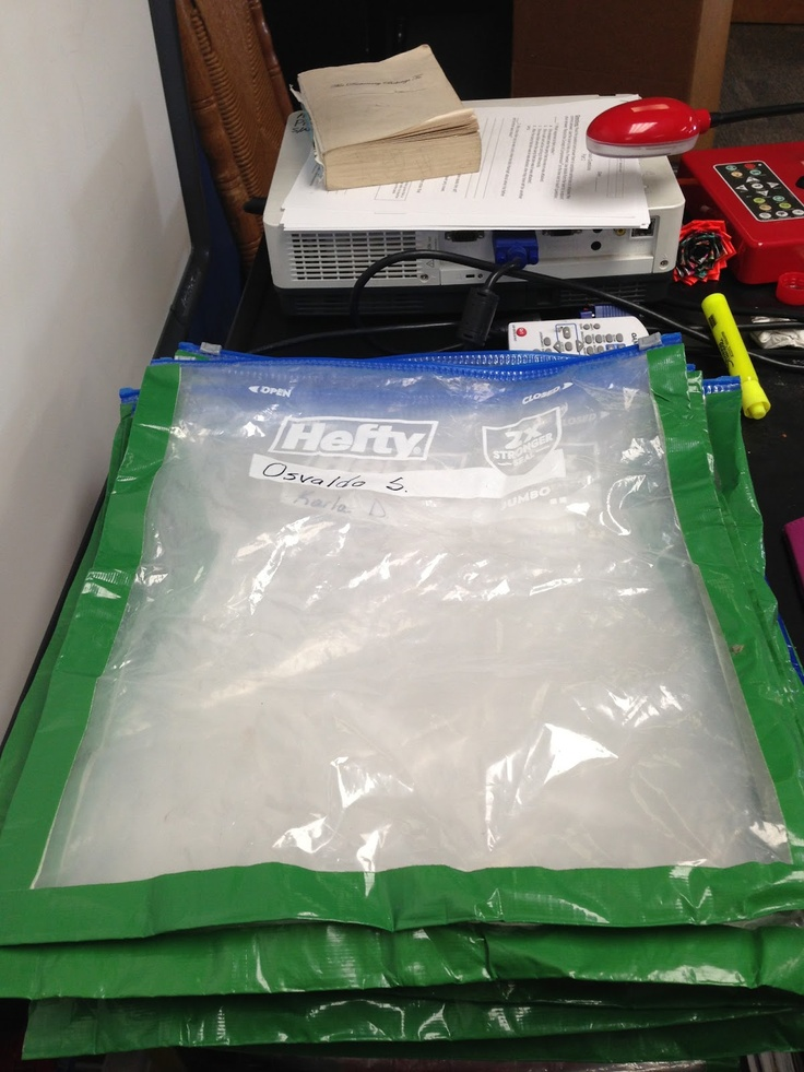 take home book bags for those guided reading books - 2 gallon ziplock bags reinforced with duct tape! Going to have to try this!