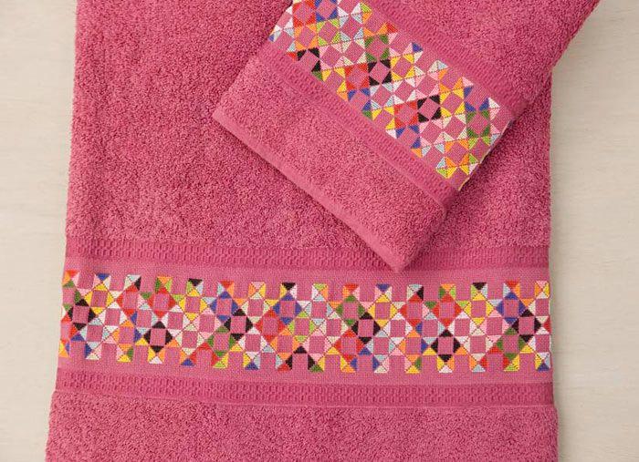 El blog de Dmc: Nueva colección de toallas para personalizar en punto de cruz
