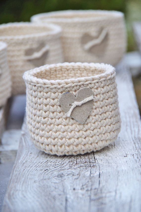 Crochet Rustic  Basket, Crochet  Basket leather hert, Cotton natural, Alternative Gift Bags,Wedding rustik Wedding,basket gift