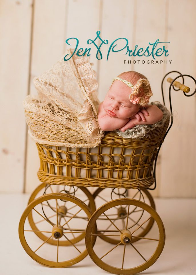Using baby doll stroller for newborn prop
