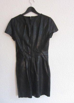 Kaufe meinen Artikel bei #Kleiderkreisel http://www.kleiderkreisel.de/damenmode/kurze-kleider/138128078-schwarzes-lederkleid-von-sisley