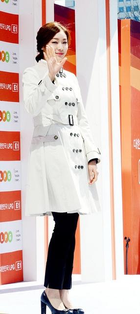 Queen YUNA KIM by { QUEEN YUNA }, via Flickr #김연아 #YunaKIM