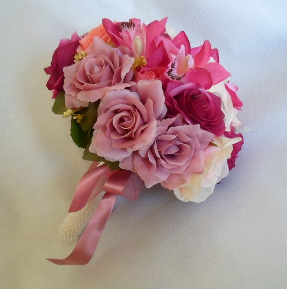 73 best buqu s para noivas images on pinterest bridal bouquets brides and cable - Cabo de roses ...