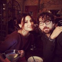 NEWS/ Aly Michalka Engaged to Stephen Ringer—See the Former Disney Channel Star's Huge Diamond Ring!