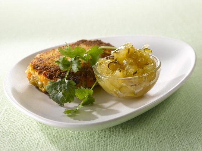 Omena-kesäkurpitsahillo. Tämä lempeän raikas hillo maistuu liha-, kana- tai riistaruokien kanssa ja miksei vaniljajäätelön makua täydentämään.