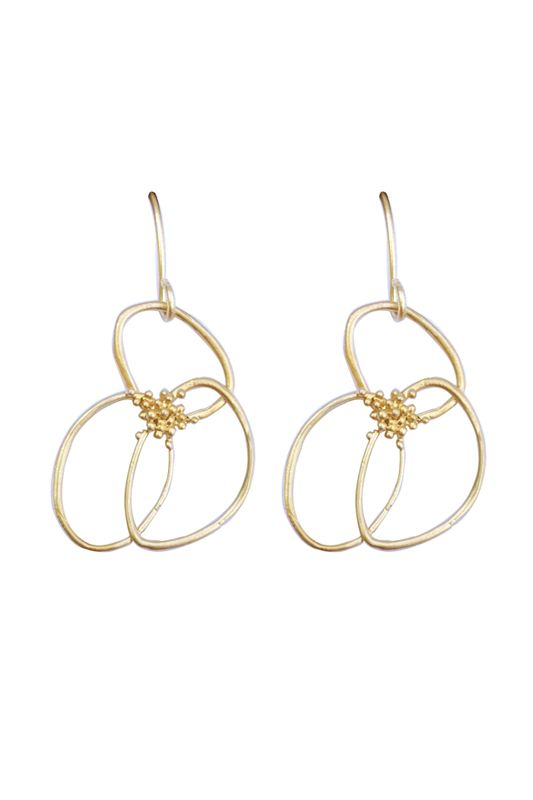 LINE ART FLOWER EARRINGS- A$38.00 Matte silver/gold plated flowers attached to matte silver/gold plated hooks.Have different collection #earringsforbridesmaids as well. Dimensions: approx 17mm x 22mm