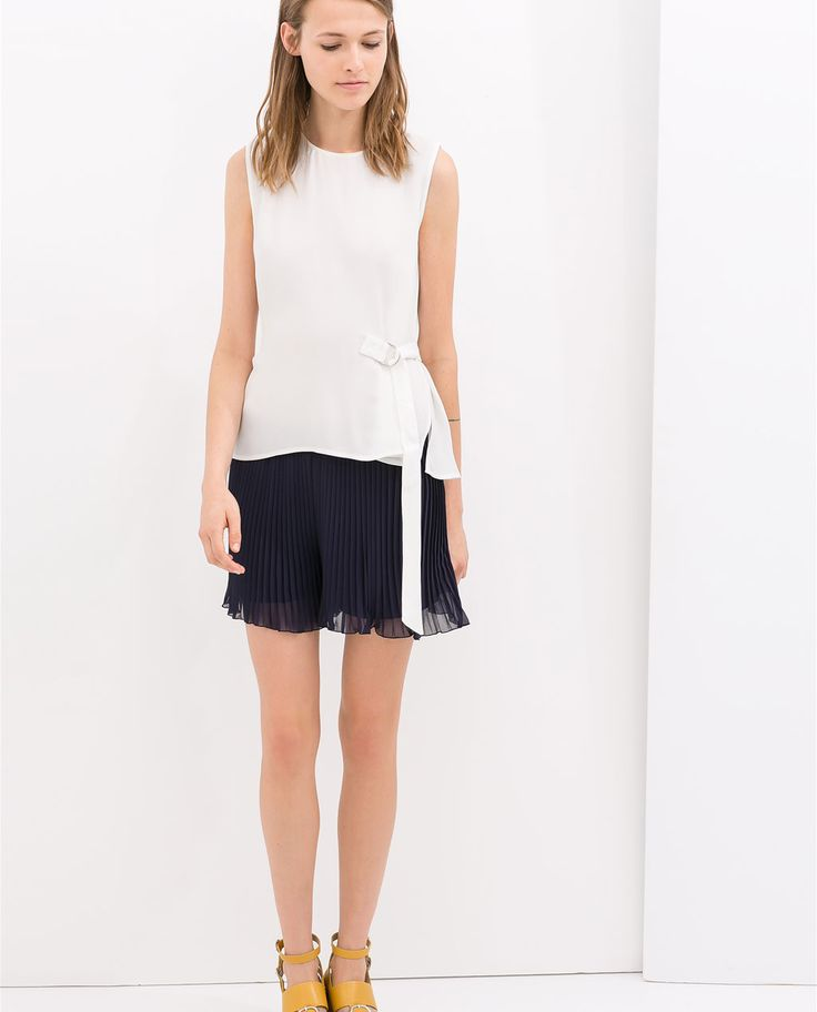 Image 1 of LOOSE PLEATED SHORTS from Zara