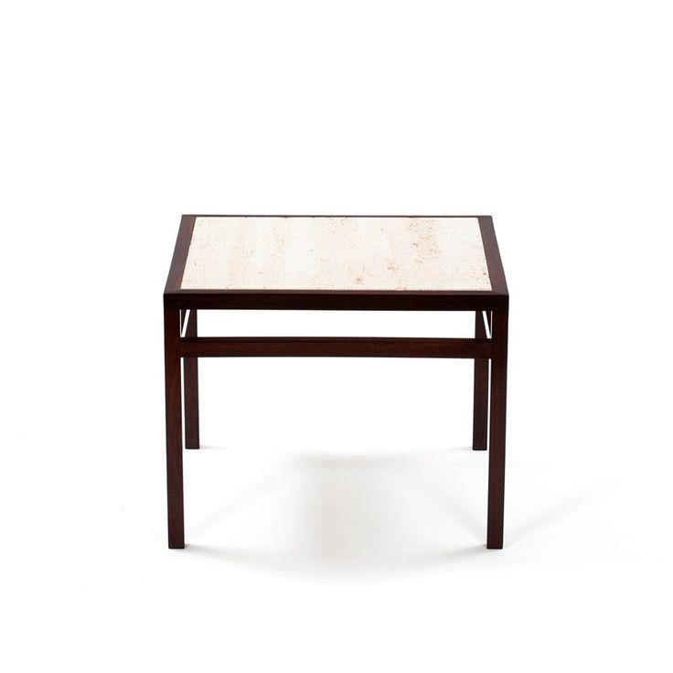 Criada Em 1953 Pelos Arquitetos Da Branco U0026 Preto, A Mesa Lateral Com  Design Limpo