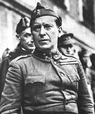 El general Lopez Ochoa represor de la revolución de Asturias en 1934, fusilado y decapitado en 1936, su cabeza fue paseada en una balloneta desde el Hospital Militar Gomez Ulla hasta la Plaza Mayor