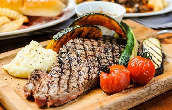 肉をガッツリ食せるカフェ「NICK STOCK」京都にオープン