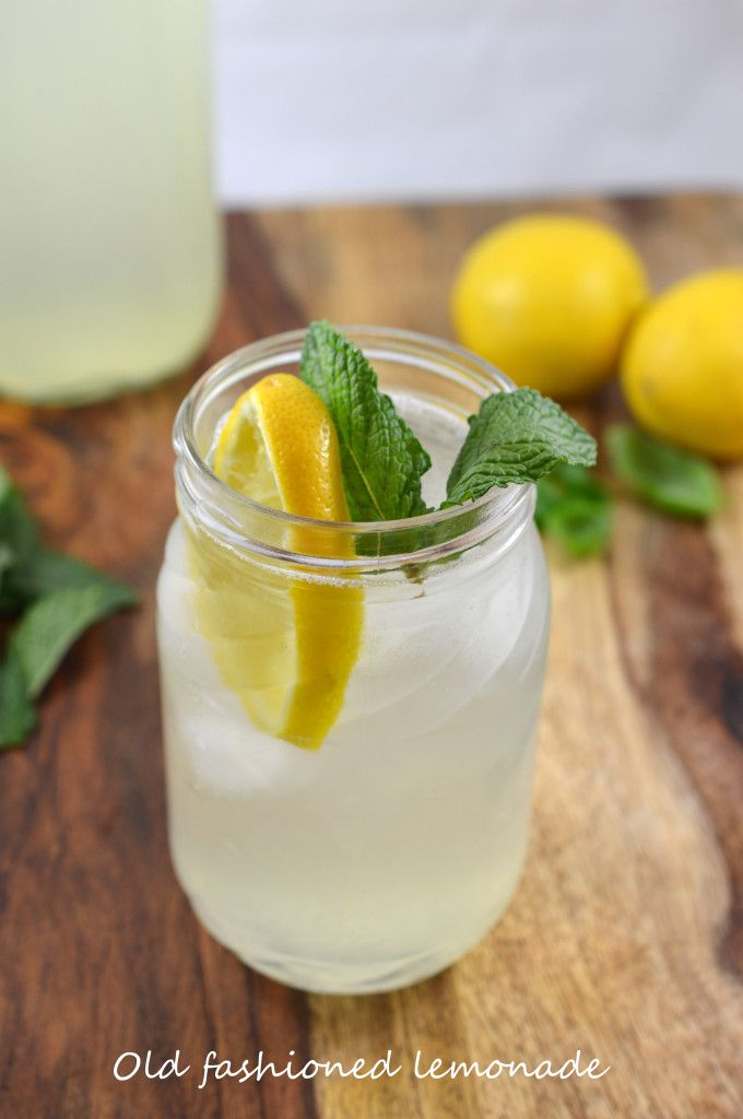 Learn how to make homemade old fashioned lemonade. A lot simpler than you think! #recipe from chefsavvy.com