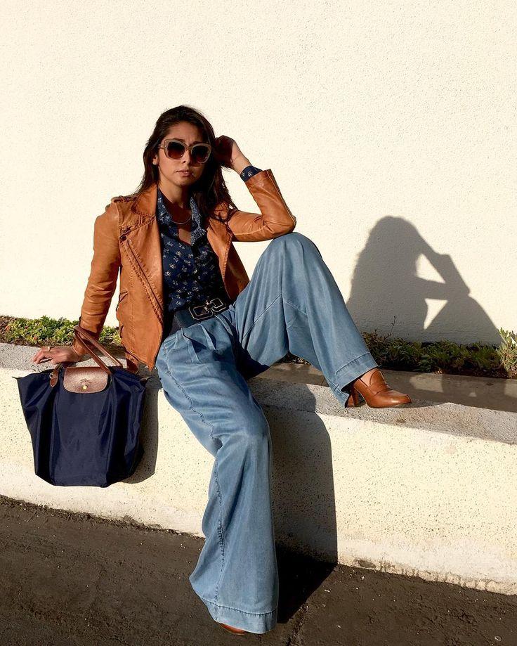 Un look para el día día por Francisca Véliz, quien fusiona cueros con el denim #modachile #fashionblog #difundimosmoda
