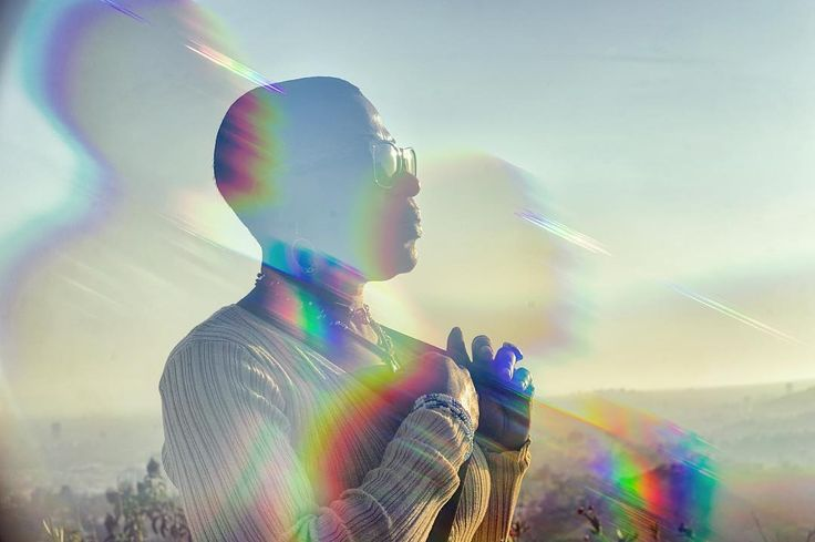 Georgie at sunset. #griffithobservatory #griffithpark #sunset #losfeliz #losangeles #california #usa #color #diffraction #filter #rainbow #prism #sony #sonyalpha #alpha #a7ii #zeiss #carlzeiss #nikcollection