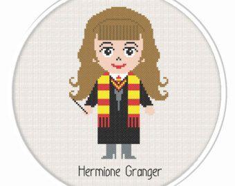 Comprar 2 obtener 1 gratis. Hermione Granger punto de cruz patrón. Harry Potter punto de cruz patrón. (#P-1288). Patrón de punto de Cruz moderno de Potter