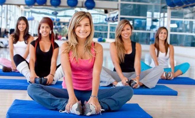 ПРАВИЛА АЭРОБНОЙ ТРЕНИРОВКИ ДЛЯ ПОХУДЕНИЯ    – Приступая к тренировкам, увеличивайте нагрузку постепенно, так чтобы организм мог адаптироваться к физической работе.    – Тренируйтесь минимум 3 раза в неделю. Чем чаще вы тренируетесь, тем большие результаты вы достигнете. Оптимально тренироваться каждый день.    – Лучшее время для аэробных тренировок – утро. В утренние часы метаболизм ускорен под влиянием активирующих гормонов – катехоламинов и глюкокортикоидов. Ученые доказали, что…