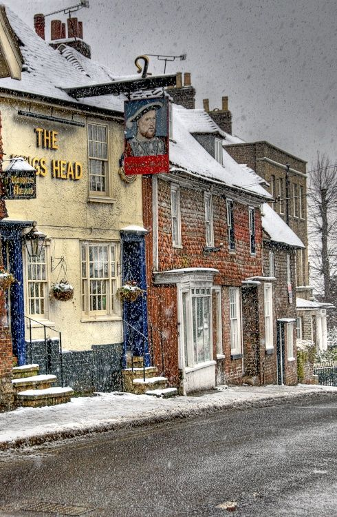 The Kings Head, Staplehurst, Kent. Don't think I've been here, but like the picture :)