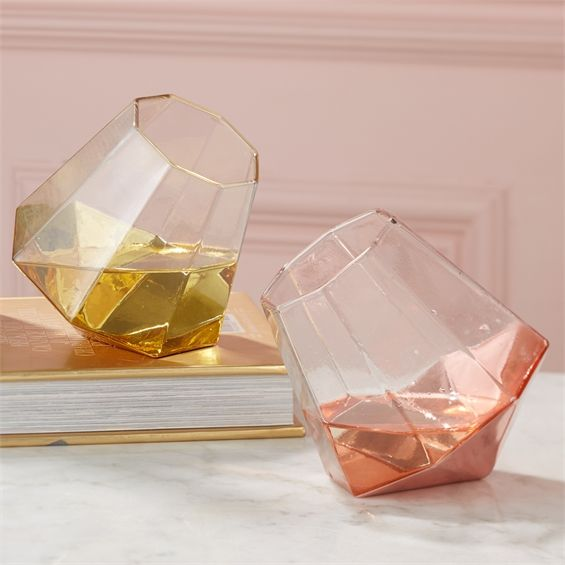 Die besten 25+ Weinglas Lager Ideen auf Pinterest Weinglasregal - spritzschutz küche glas