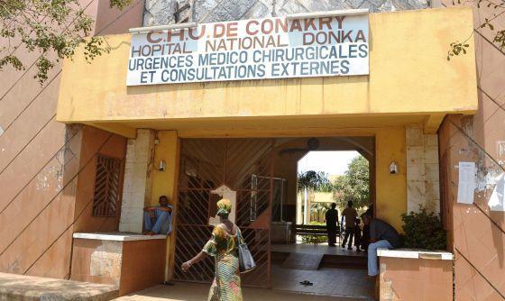 El Ébola llega a la ciudad / José Naranjo + @el_pais | #westernafrica