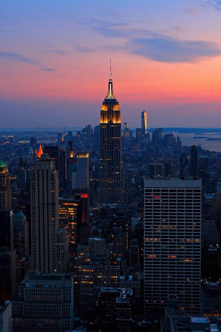 Illinois, feet, aesthetic, christmas, shoes, legs, lights, dark; New York's skyline by stay fresh-sh | New york wallpaper ...