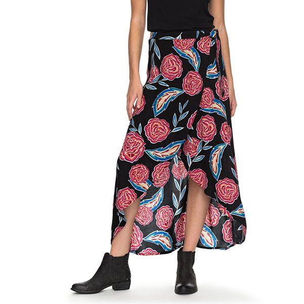 ROXY  FALDA LARGA MISSING YOU WRAP SKIRT  Como sea que lo combines te hará ver espléndida.  $29.990  Encuéntralo en la tienda Pop Roxy & Quiksilver