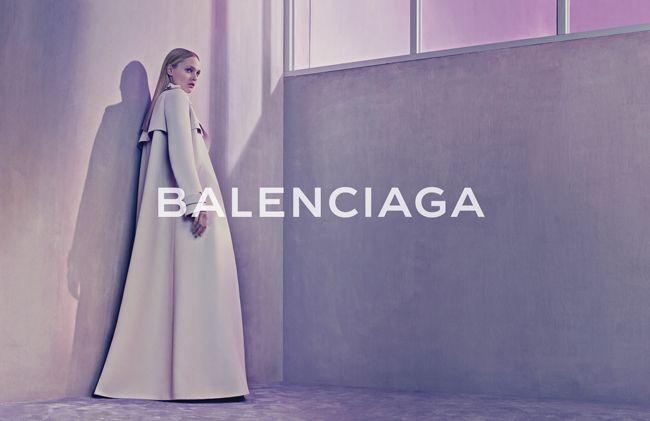 © Balenciaga