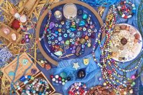 Der Perlenshop Perlenscheune.de: Perlen kaufen in unterschiedlichen Materialien