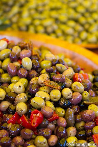 Olives. Yummy moroccan food selection by www.mylittlesouk.com