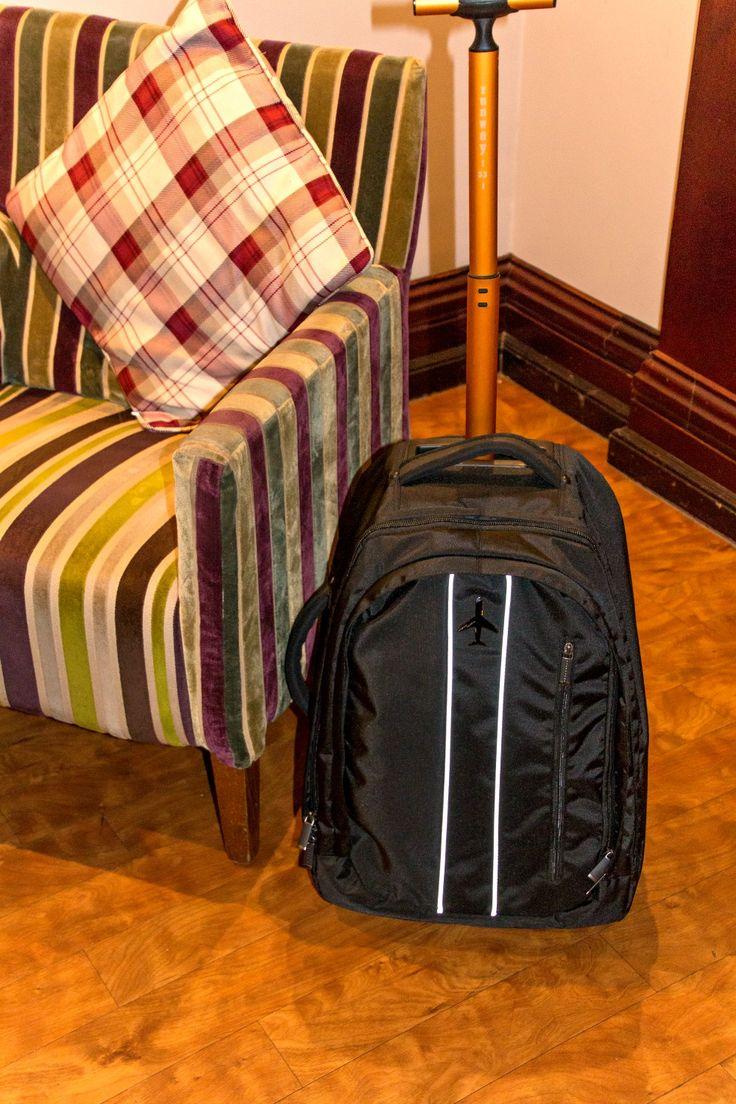 Mit Handgepäck auf Kurzreise: Rucksack Trolley Runway -33- & Gewinnspiel