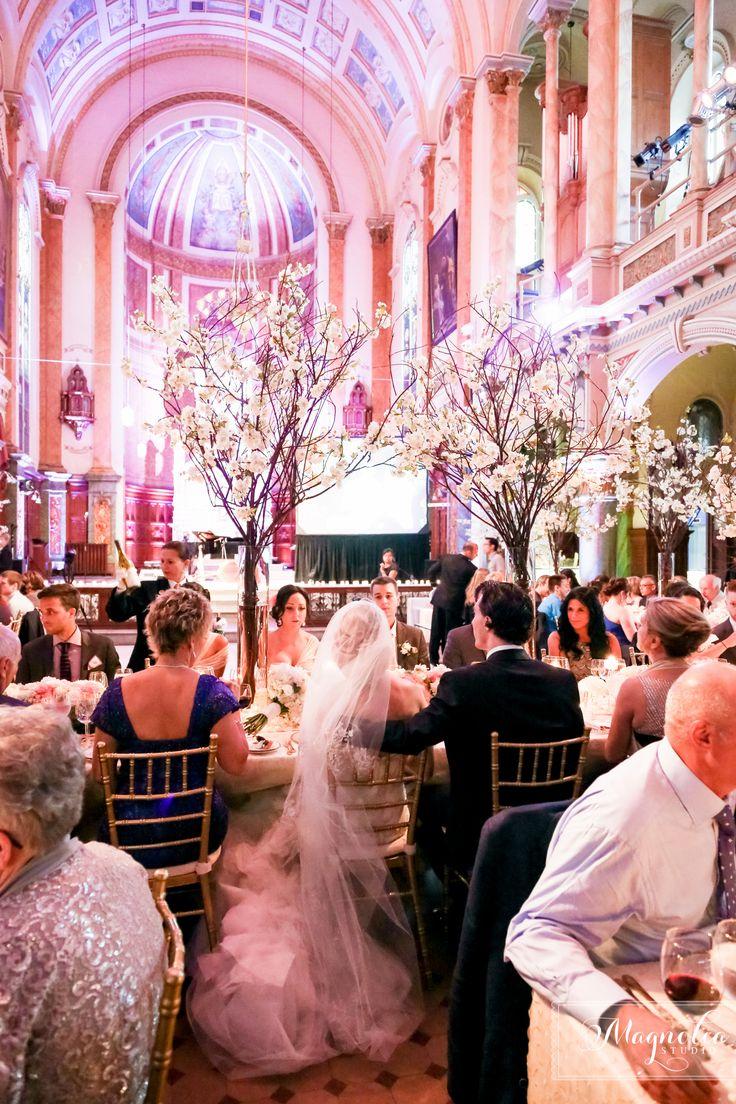 Coverage of the year award #CWIA www.weddingsbymagnolia Quebec City  Ka Mariage (wedding planner)