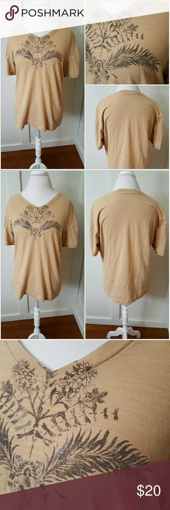 Guess Jeans Vintage 1981 Large Beige Tee Guess Jeans Vintage 1981 large beige tee. V-neck. Short sleeves. Has the date 2006 on it as well as 1981. Pre-owned and in good condition. 100% Cotton Guess Tops Tees - Short Sleeve