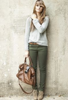❤ Olive green skinny jeans with a grey top, taupe boots, brown handbag & belt