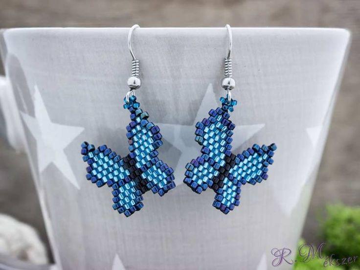 Kék pillangó gyöngyös lógós fülbevaló