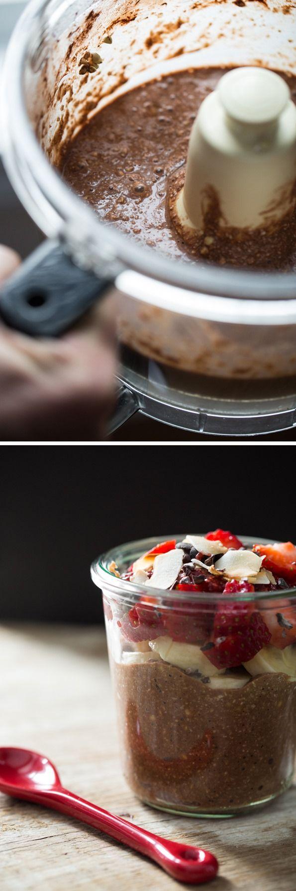 Raw Chocolate Hazelnut Breakfast Parfait
