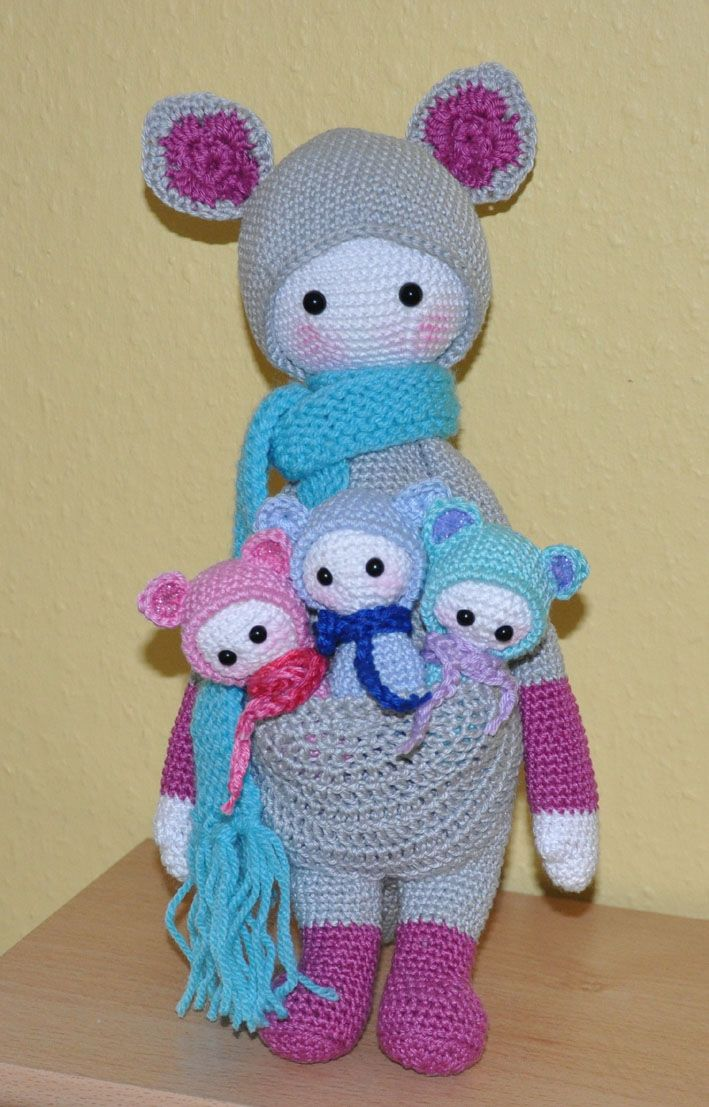 KIRA the kangaroo made by Evi / crochet pattern by lalylala