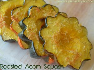 Sweet Roasted Acorn Squash Flowers | Healthy Ideas for Kids.  I keep trying to find ways to cook squash so I will like it.