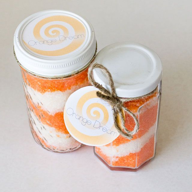 Homemade Orange Dream Bath Salts- super easy DIY gift your friends & family will love!