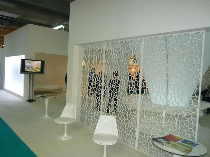 Interlam PVT screen installation shot-- painted white it looks - innovative raumteiler system