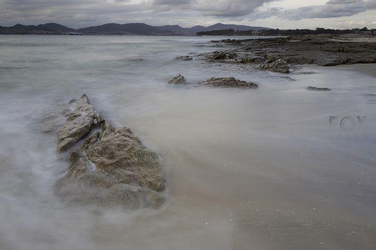 Playa Fontaiña, Vigo Larga Exposición Diurna en Vigo. Paisaje Foxspain Fotografía  #paisaje #vigo #playa #galicia #fontaiña #lucroit #lucroitlandscape #landscape #led #ledphotography #largaexposiciondiurna #largaexposiciondiurnavigo #largaexposicion #longexposure #longexposureday #longexposuredaylight #foxspain #foxspainfotografia #beach #naturaleza #nature